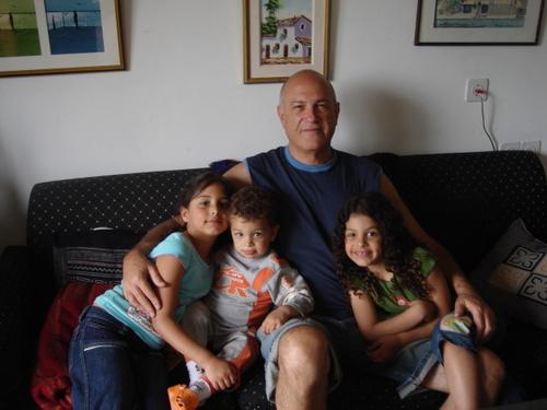 Dror & His Grandchildren